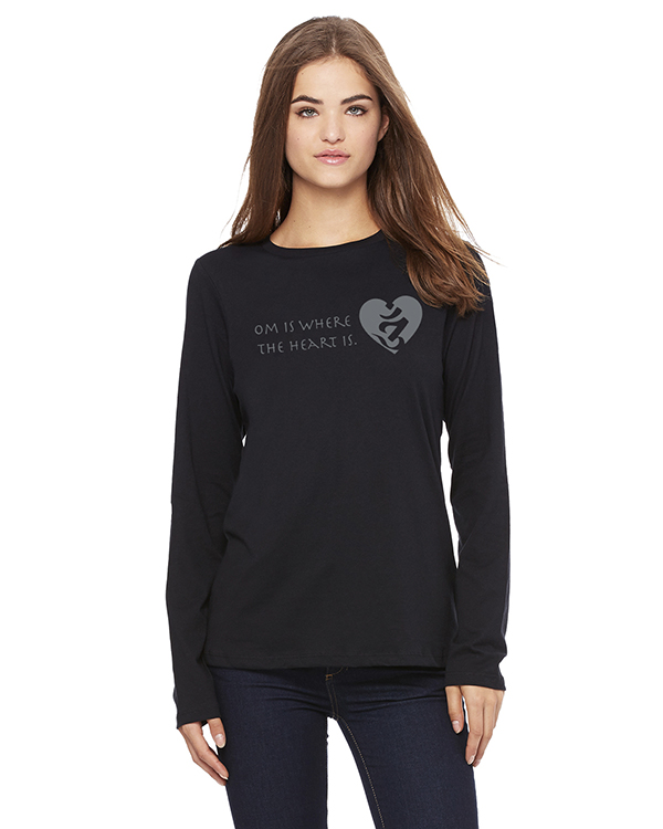 Women's Long Sleeve OM is Where the Heart is Yoga T-Shirt (Black)