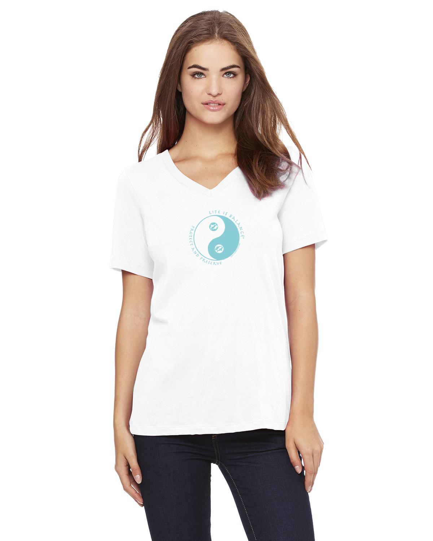 Women's v-neck short sleeve Ocean lover t-shirt (white)